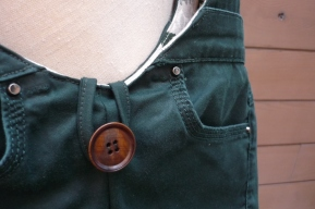 detail Baggy 10